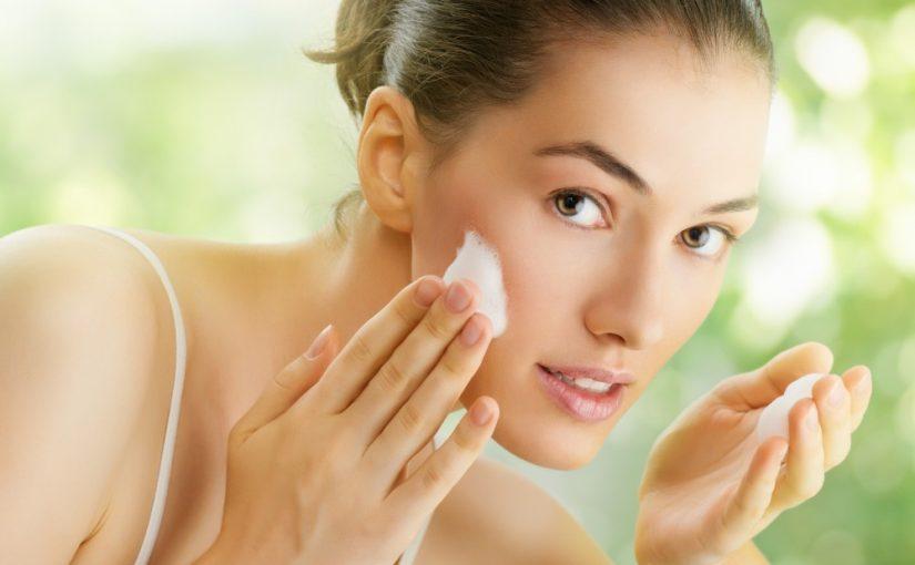 Giv konfirmanden gode produkter til dybderensende ansigtsvask